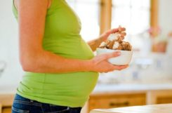 Плохое питание беременной может стать причиной сахарного диабета у ребенка?
