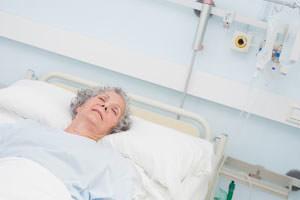 Диабетическая кома: гипо- и гипергликемическая, симптомы, неотложная помощь