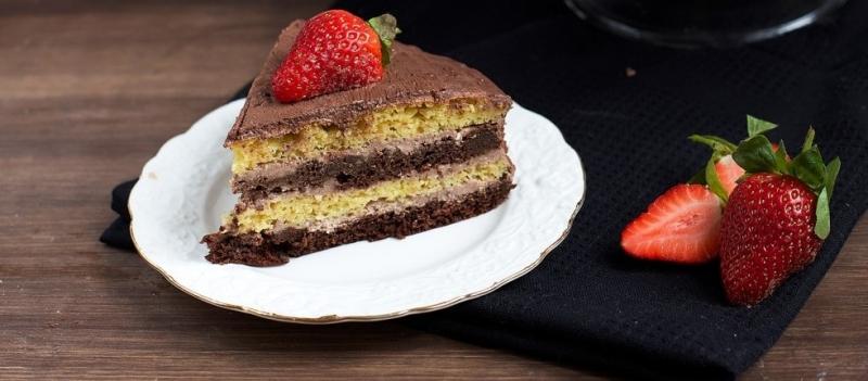 Диетический шоколадный торт на стевии