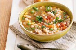 Диетический фасолевый суп из консервированной фасоли