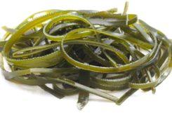 Диетический салат из морской капусты, три рецепта