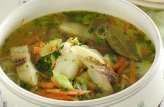 Рыбный диетический суп с сельдереем и треской