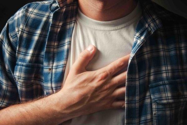 Неотложная помощь при гипертоническом кризе: алгоритм действий и доврачебная помощь