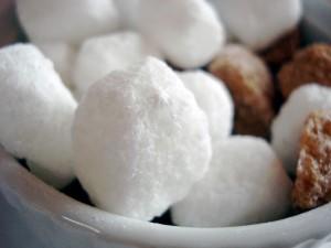 Вред сахарозаменителей: как правильно и какие использовать?